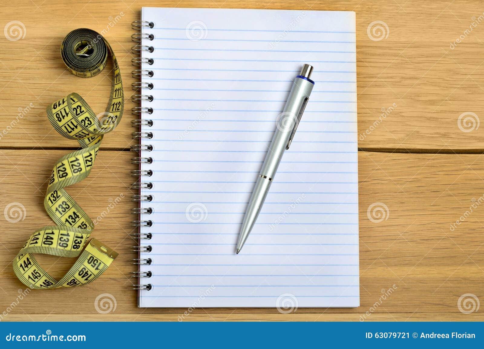 Download Bloc-notes Avec Le Stylo Et Le Centimètre Image stock - Image du fitness, overweight: 63079721