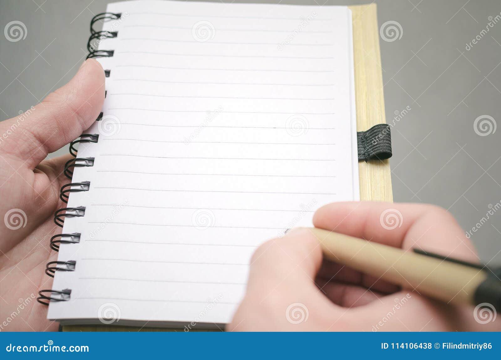 Bloc-notes de page vide Pour faire le calibre de liste Buts ou tours d affaires Les affaires inclinent le concept Concept de gest