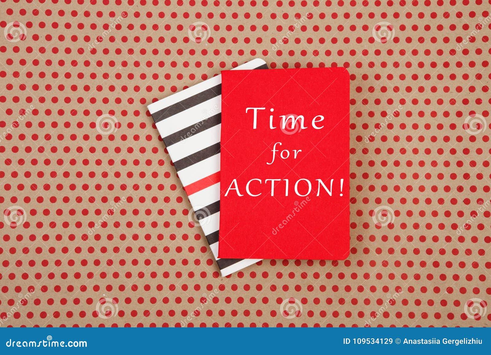 Blocnotes met tekst & x22; Tijd voor ACTIE! & x22;