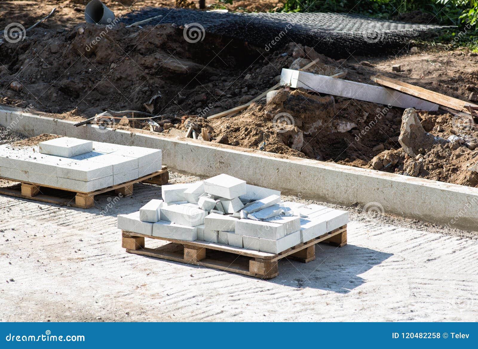 Blocos do granito para pavimentar