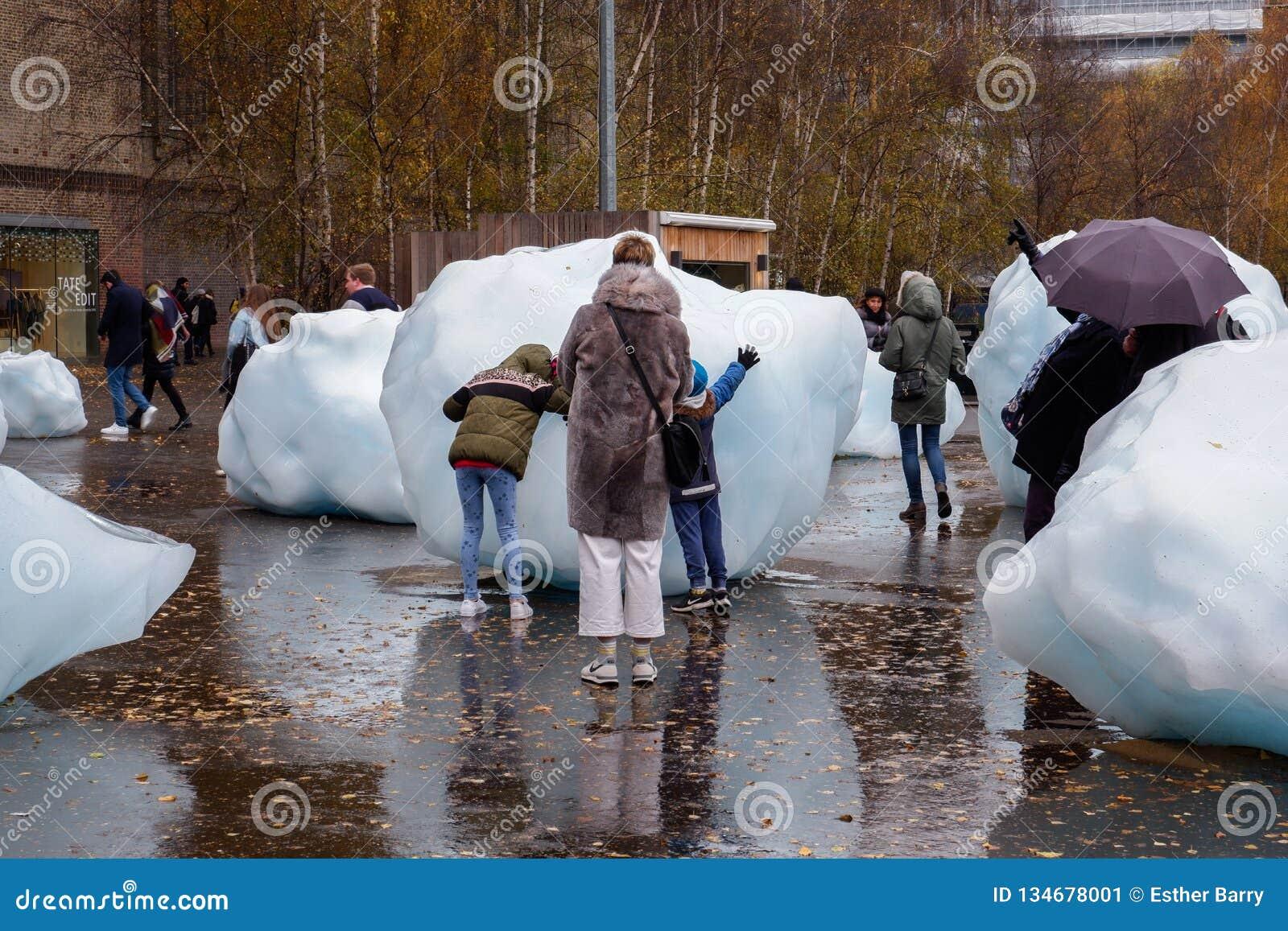 Blocs de glace géants à Londres
