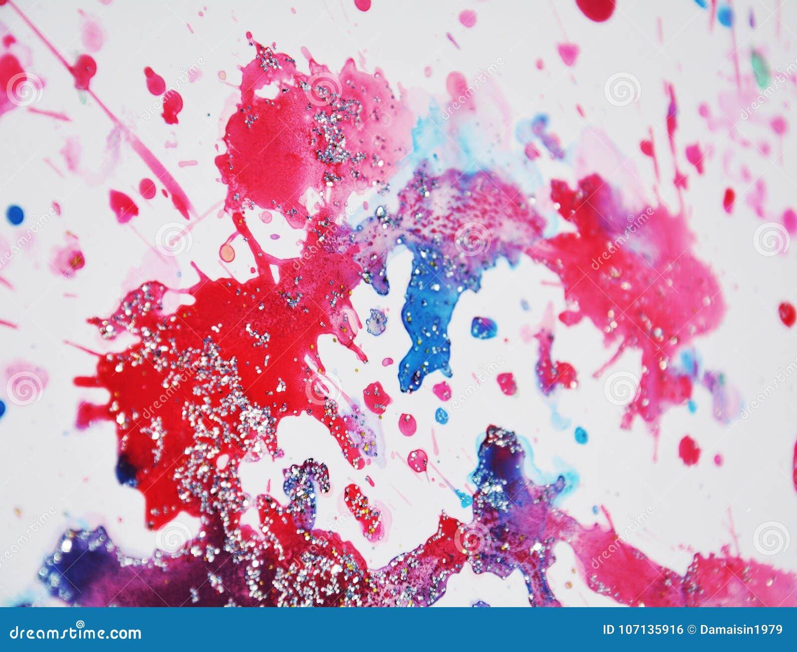 Bloedige rode wasachtige vlekken, waterverfverf, kleurrijke tinten