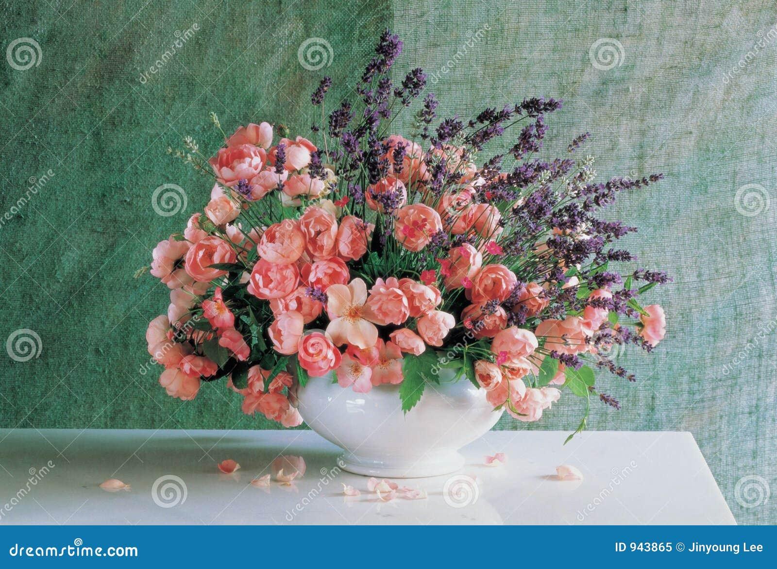Bloemen en Vaas