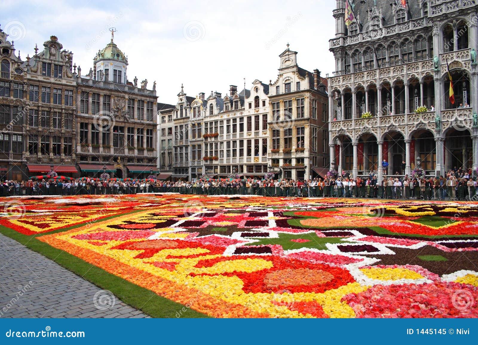 Blomma för brussels matta