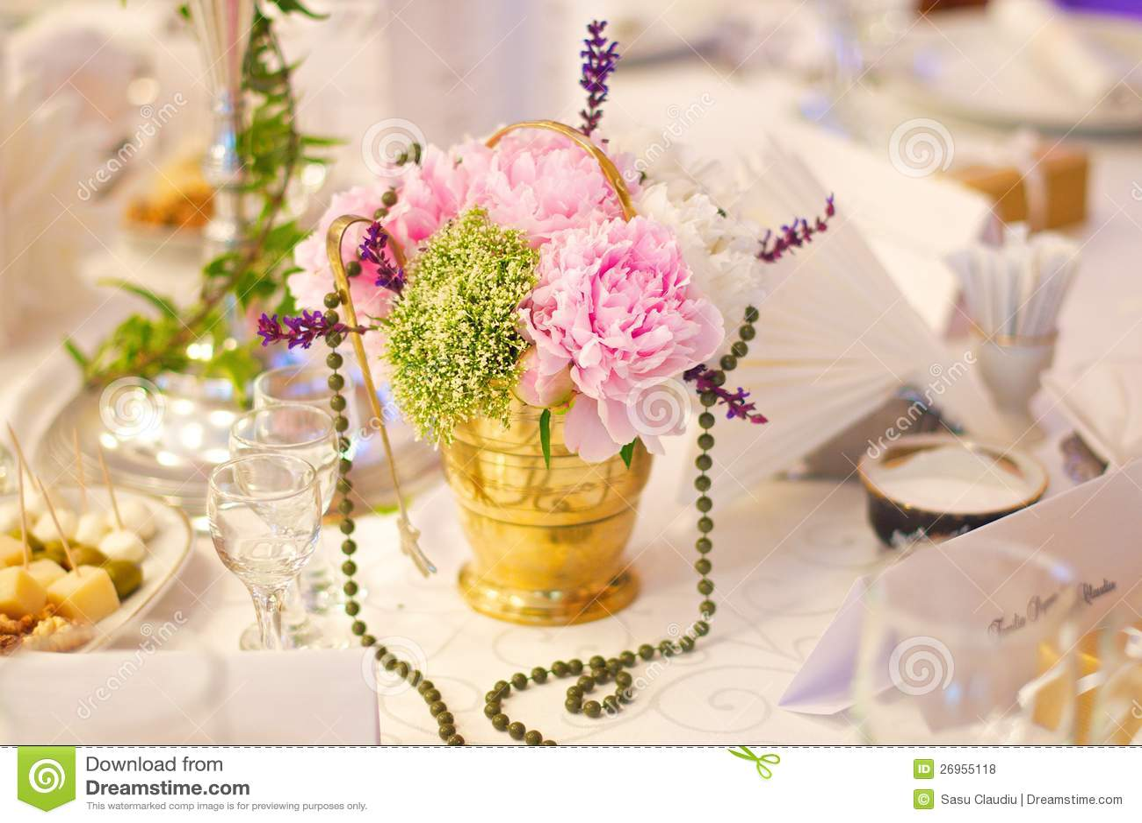 Blommor för whit för Teakopp