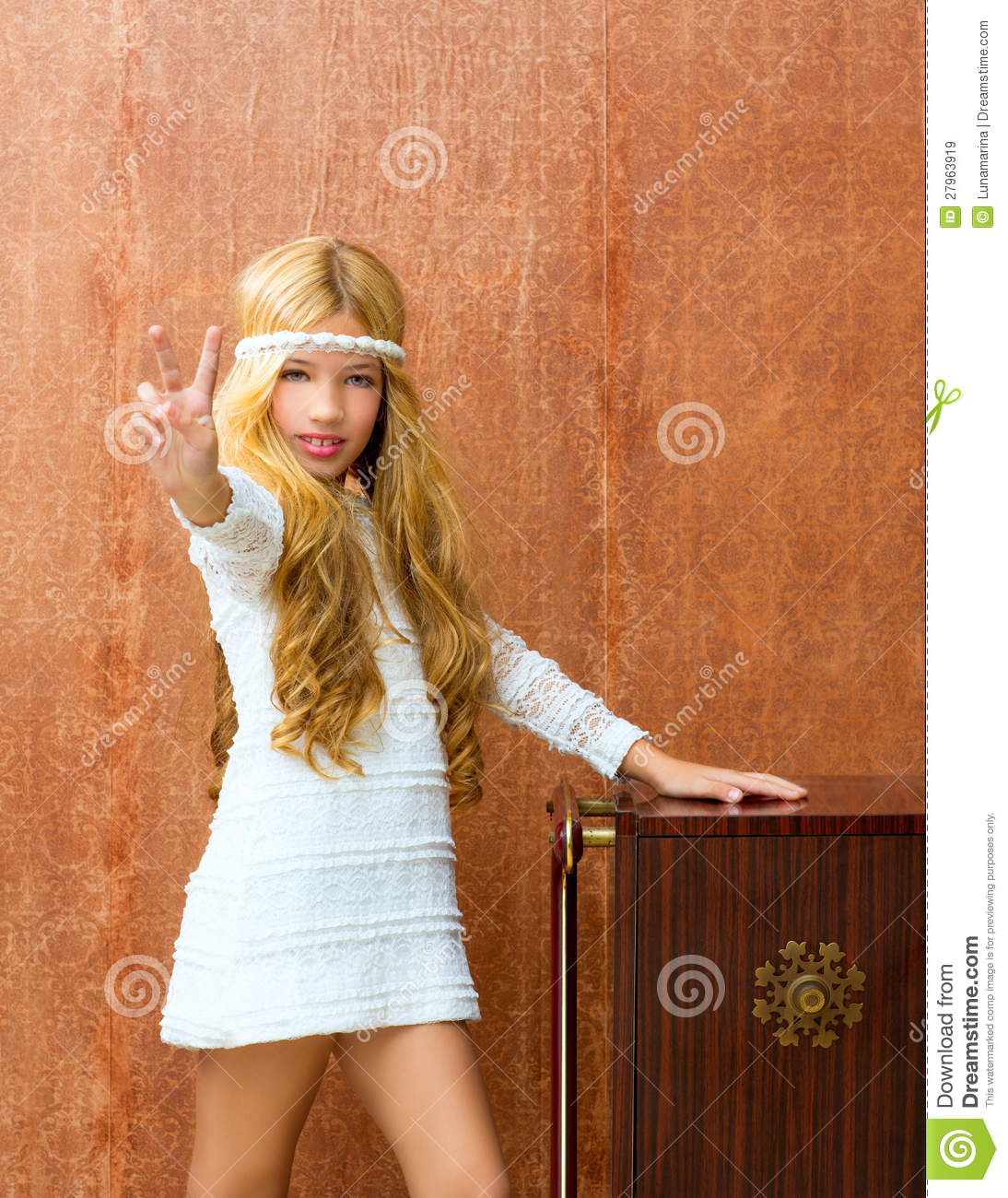 Blond Children Girl Retro 70s Royalty Free Stock Images