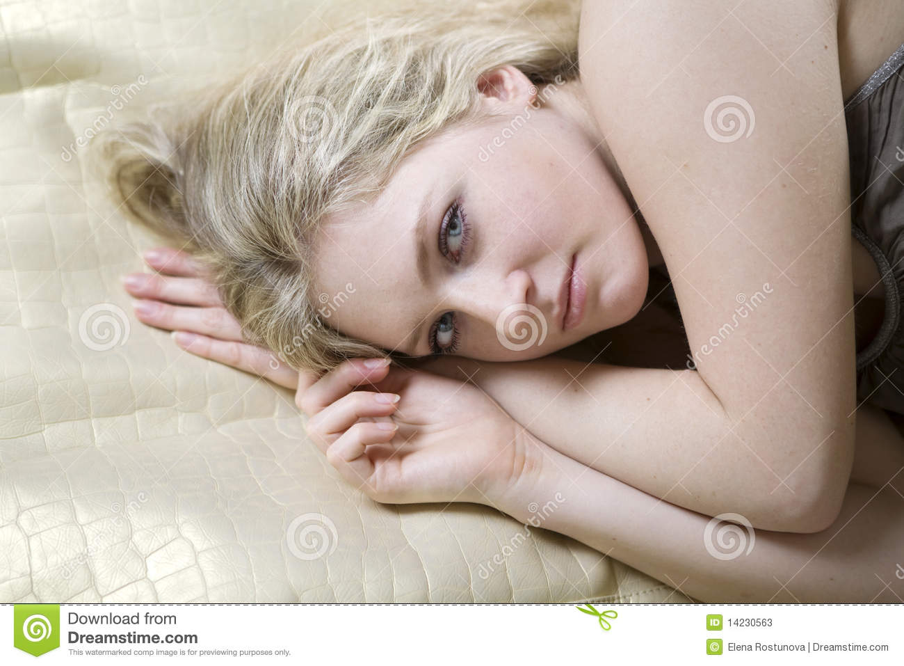 Blond Teen Girl Lying On Bed Stock Image - Image Of Tenderness, Mature 14230563-1317