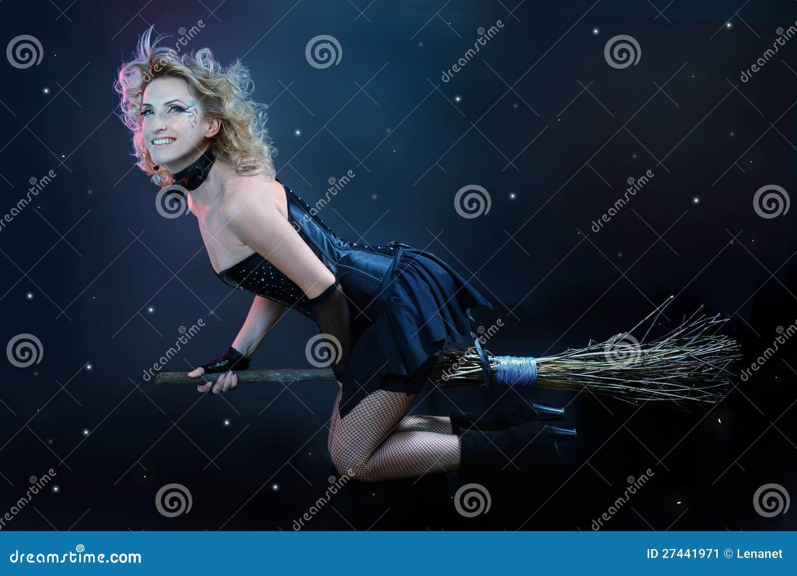 girl fucking a broom