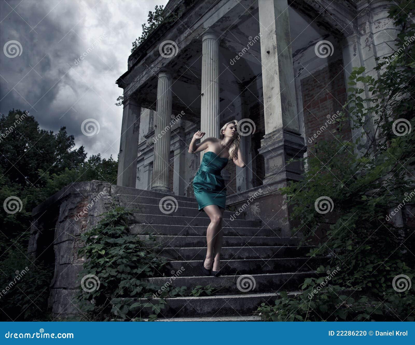 Темный замок shemale 14 фотография