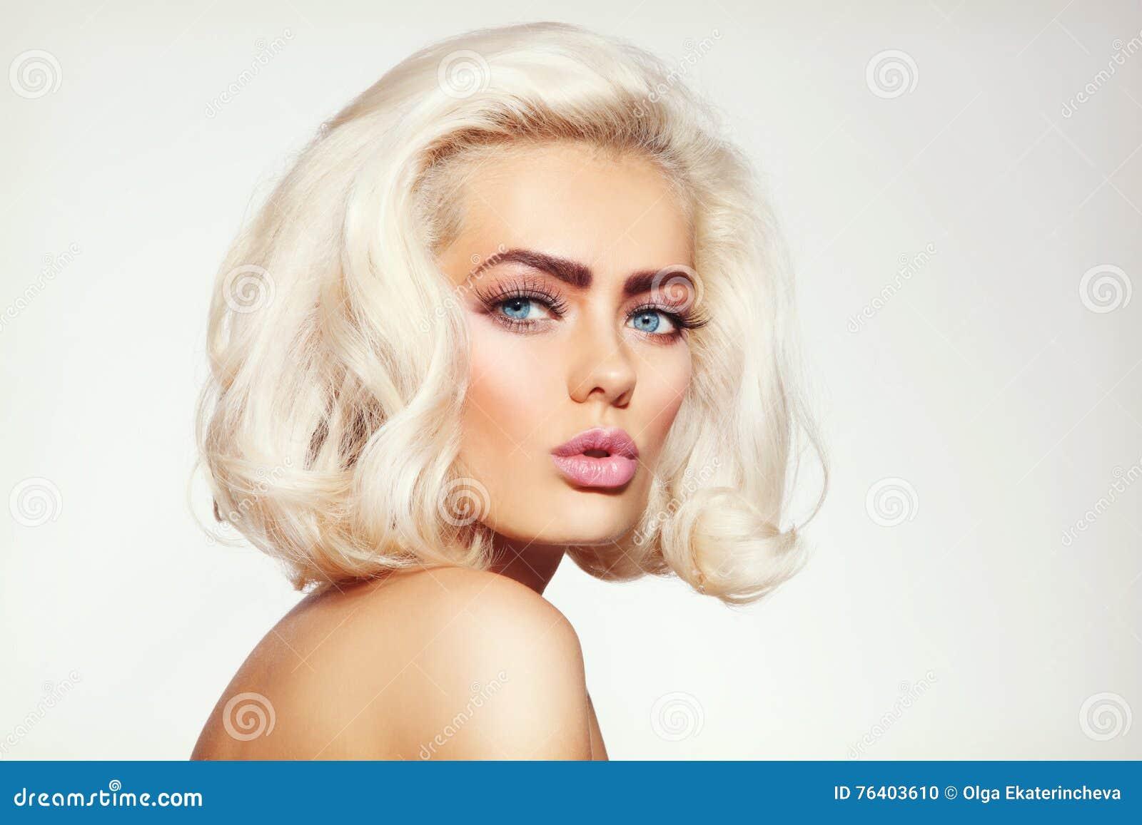 Blonde del platino