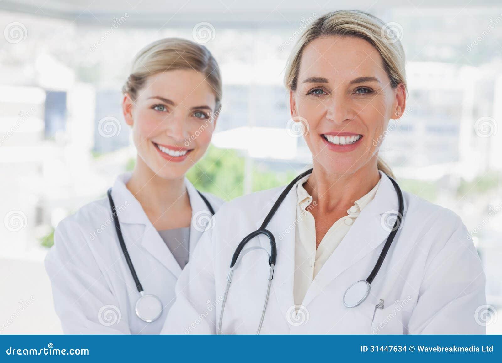 Blonde Doctors 105
