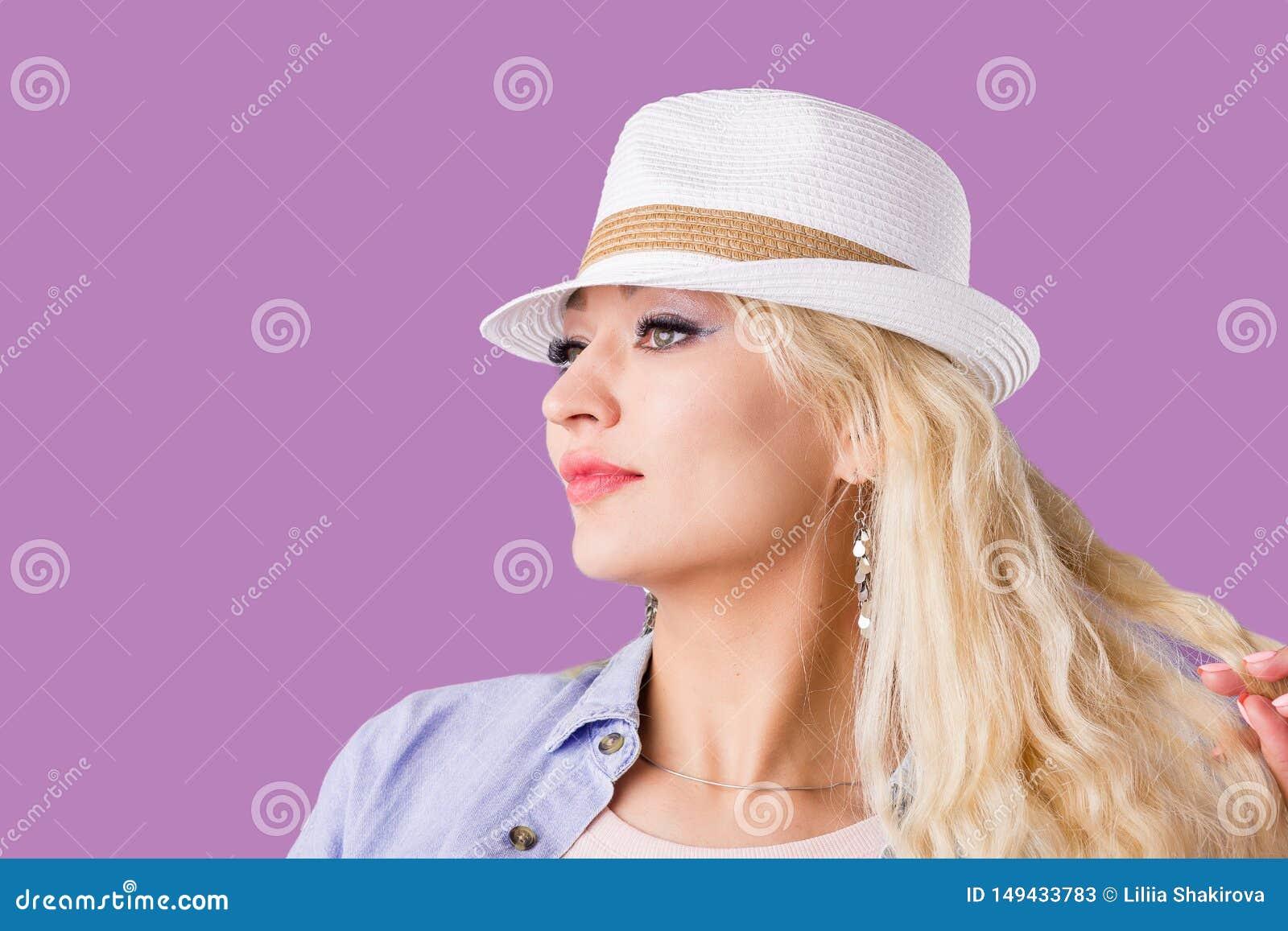 Blonde hat straw woman