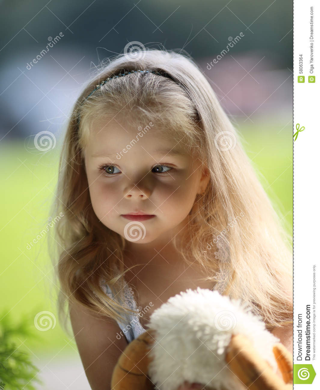 Sad little girl pictures download