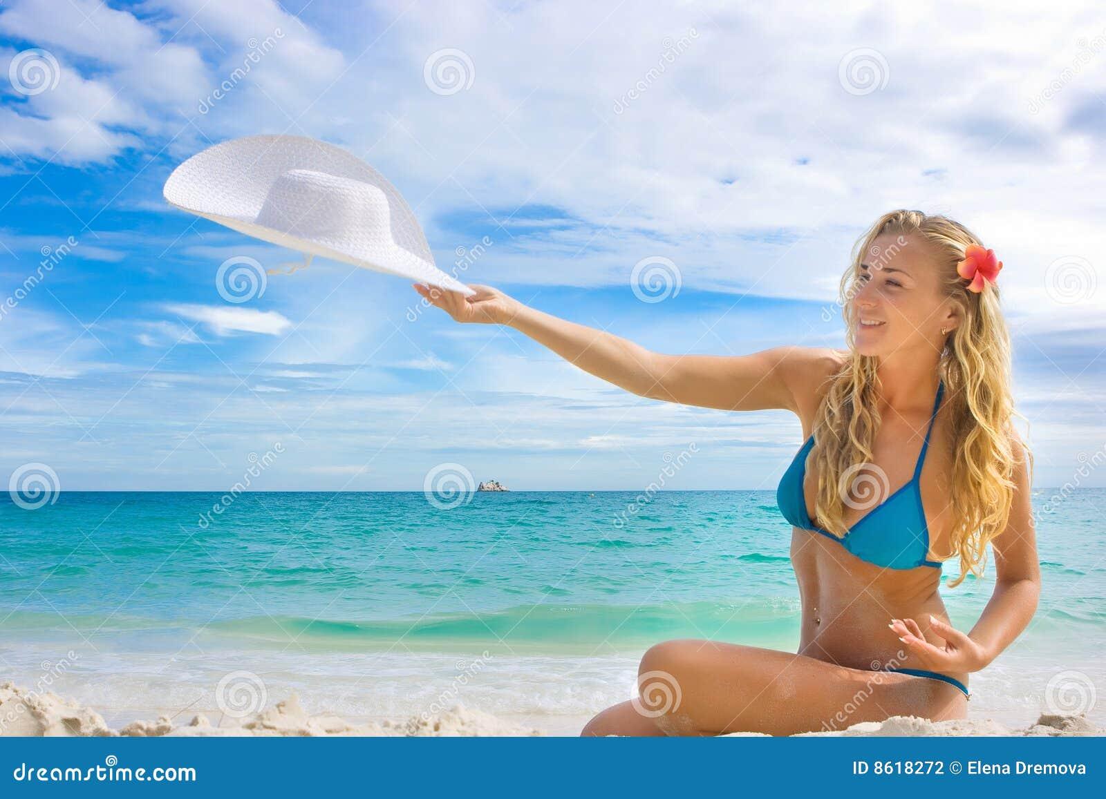 Фото на пляже в турции девушек 22 фотография
