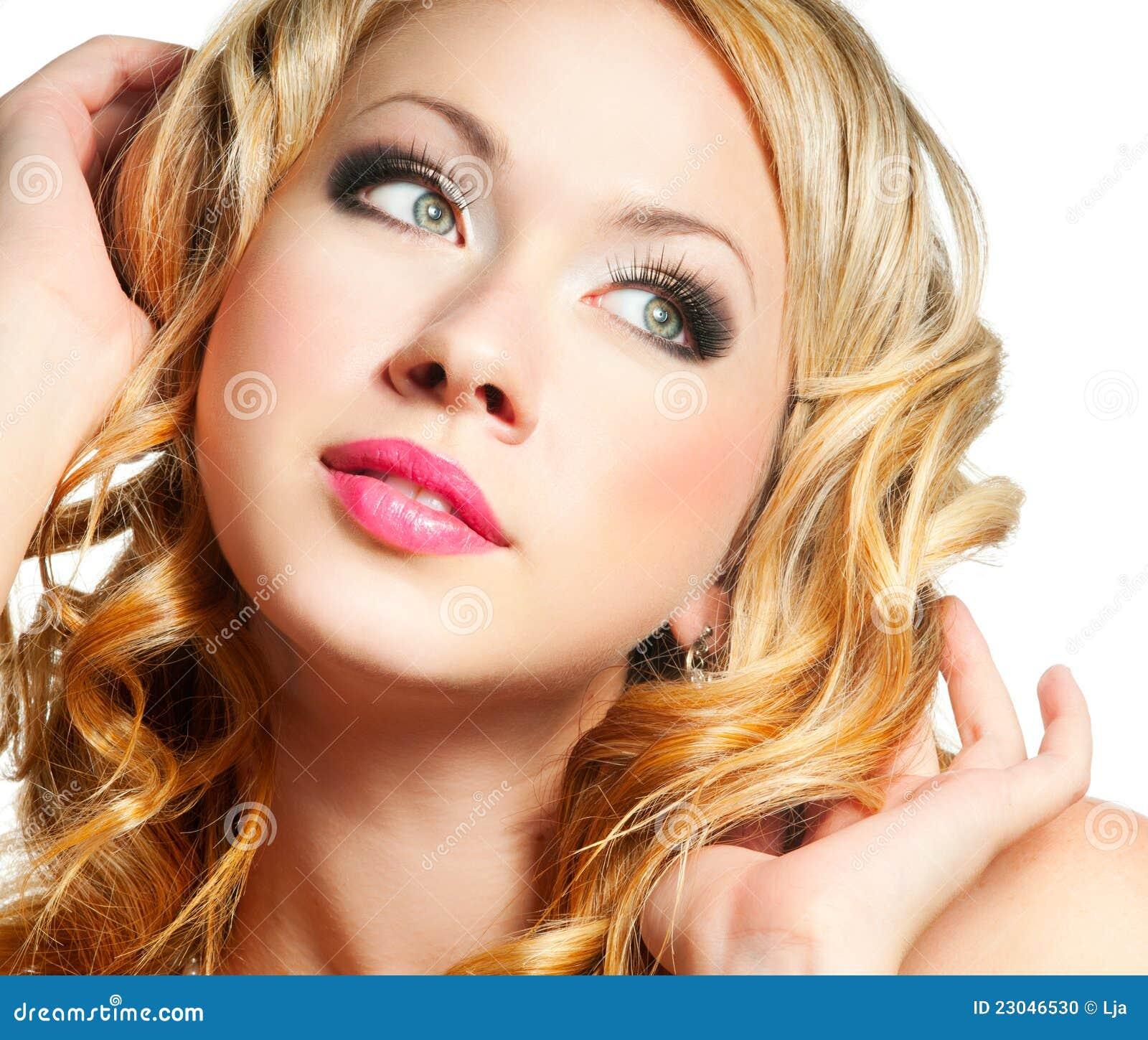 Blondes Frauengesicht