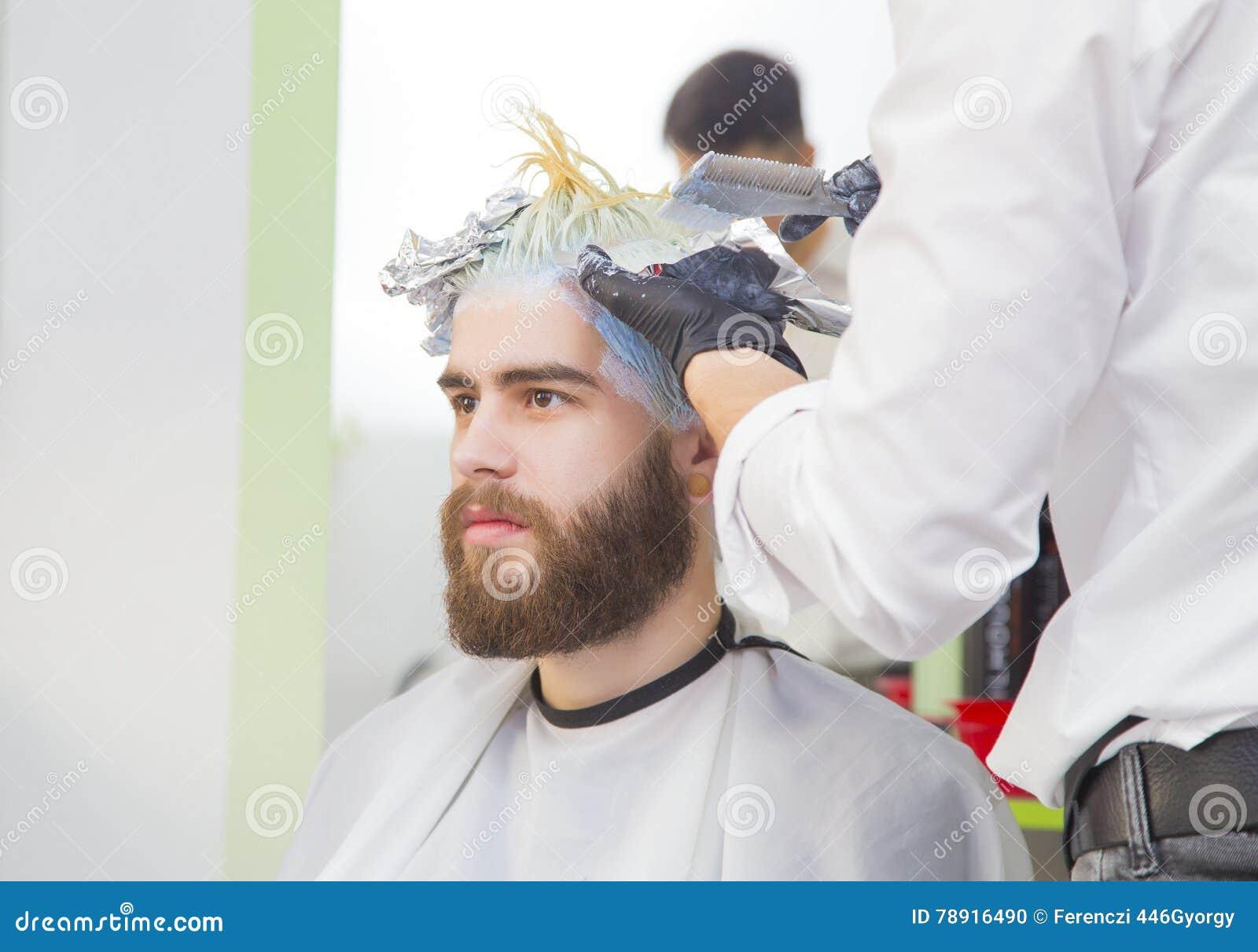 Blondyny farbują dla mężczyzna