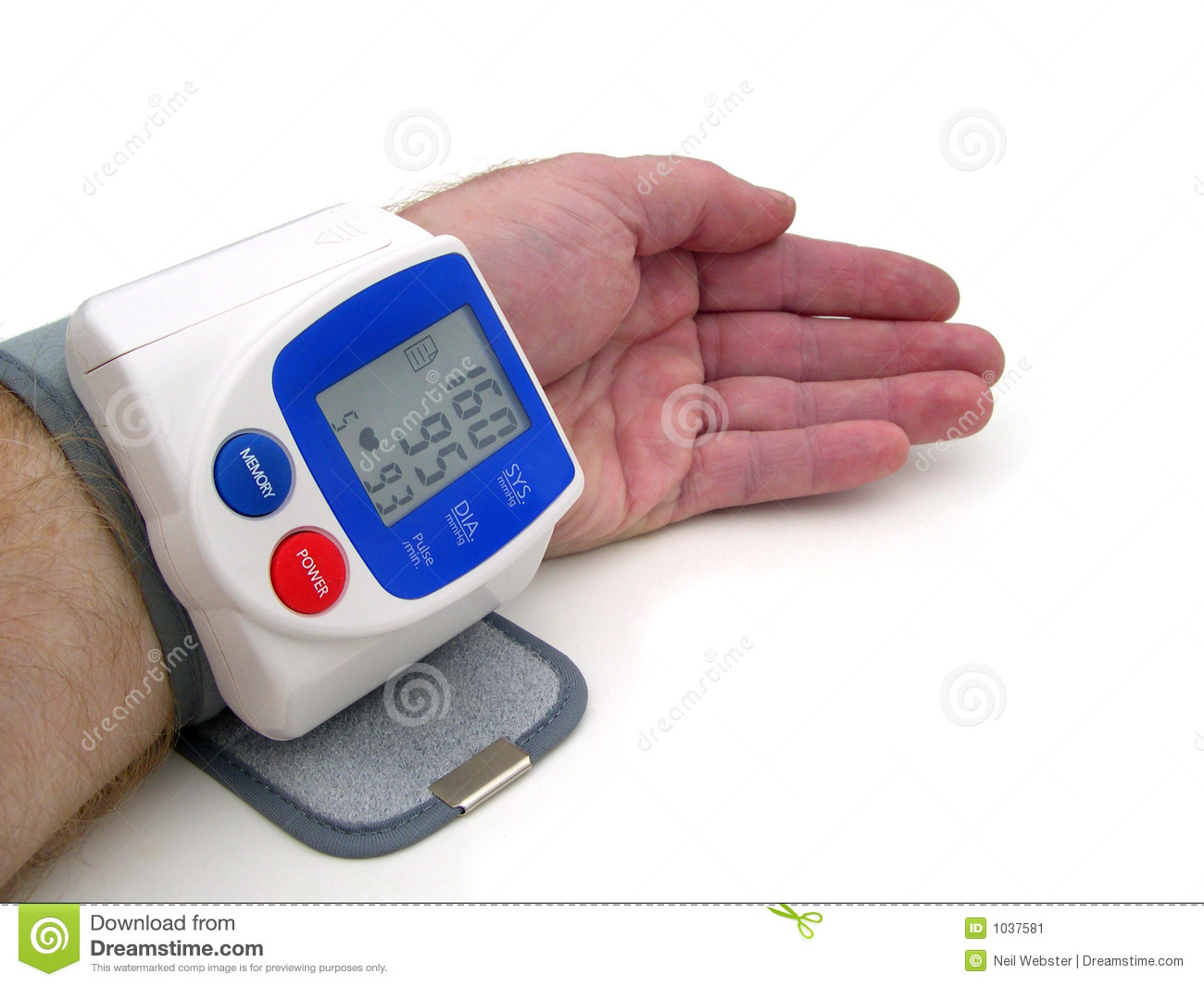 how to take manual blood pressure on wrist