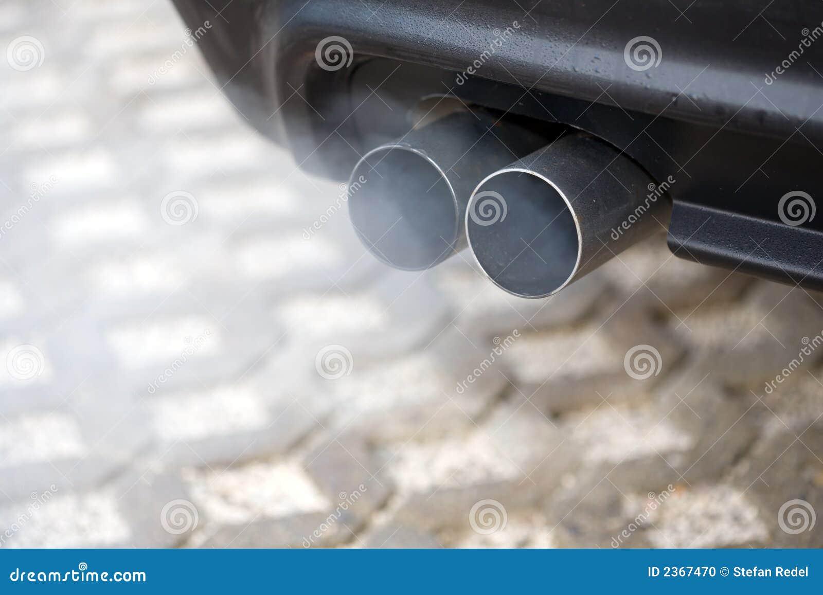 Blowsavgasrör