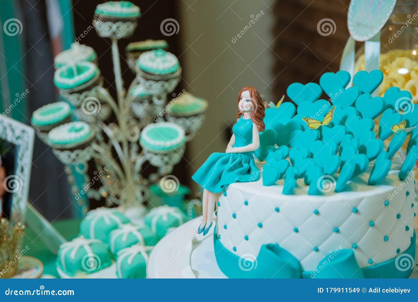 Swell A Blue Beach Themed Doll Cake Birthday Cake For Girls Pastry Funny Birthday Cards Online Elaedamsfinfo