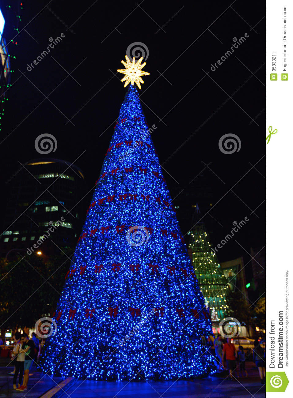 blue christmas tree - Christmas Tree With Blue Lights
