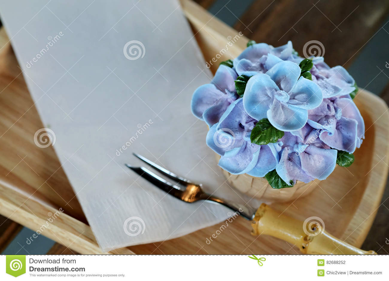 Blue Cupcake Design Cream Like Blue Hydrangea Flower Served On