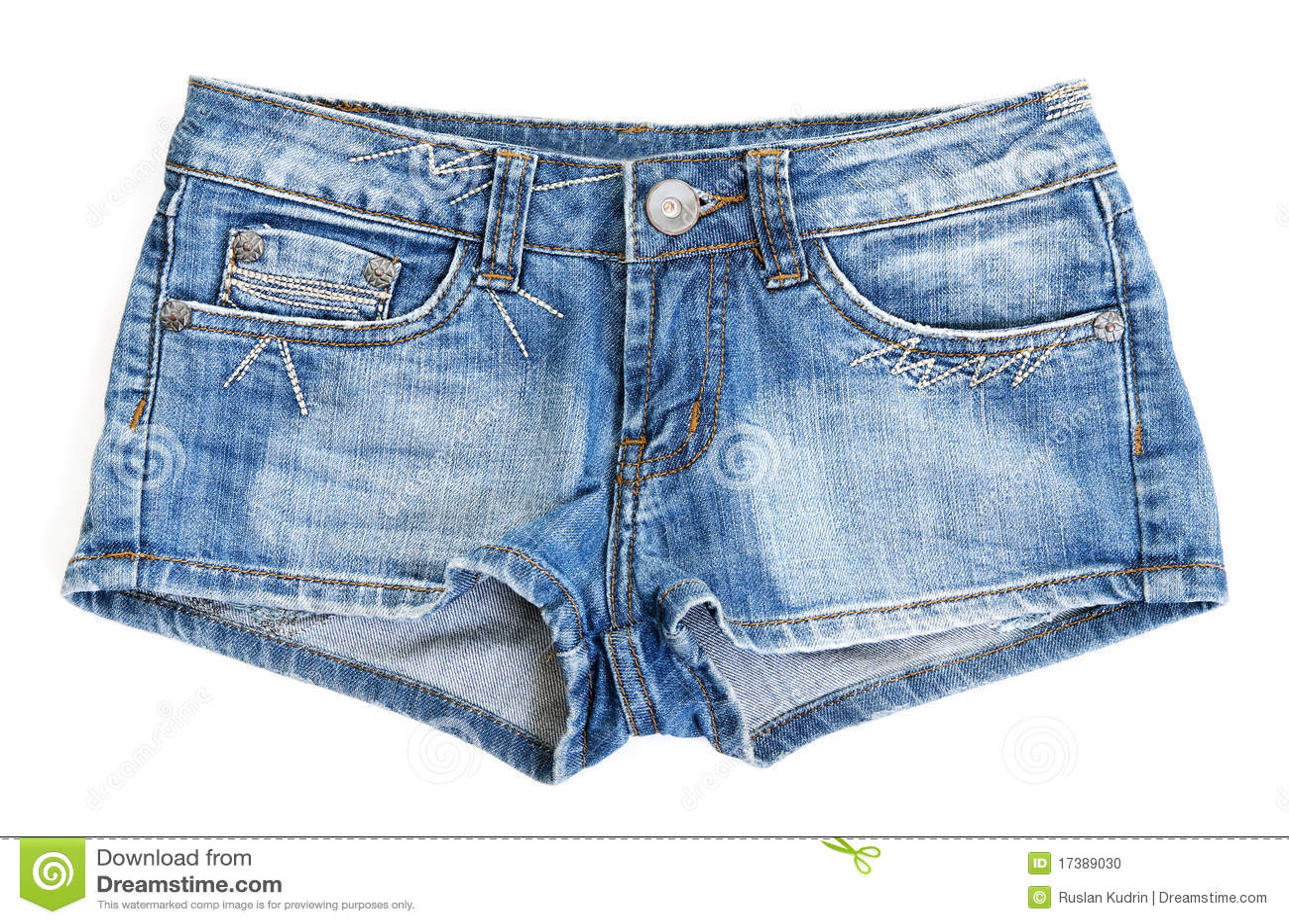 Снимает джинсовые шортики 9 фотография
