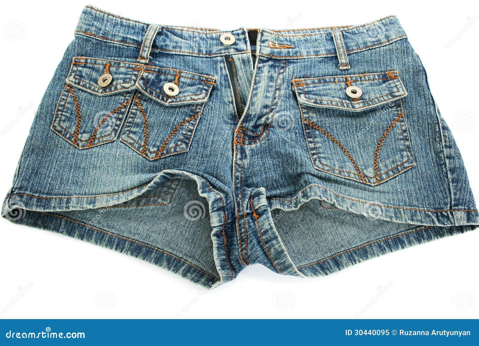 Снимает джинсовые шортики 11 фотография