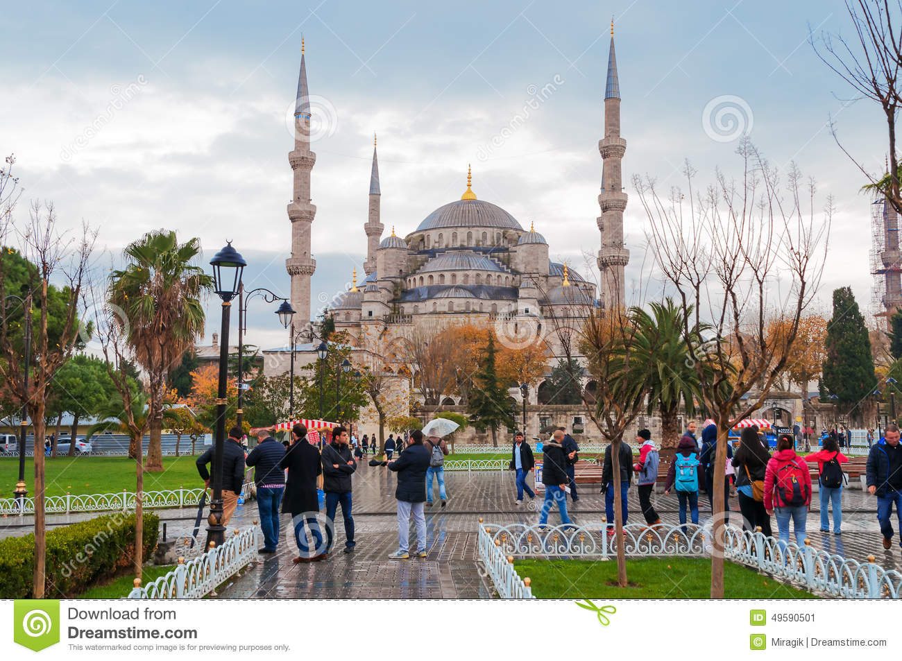 Blue Mosque, Sultanahmet Square In Winter In Rainy ...