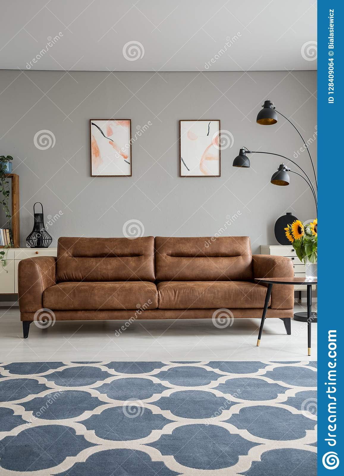 Wondrous Blue Patterned Carpet And Leather Sofa In Grey Living Room Pdpeps Interior Chair Design Pdpepsorg