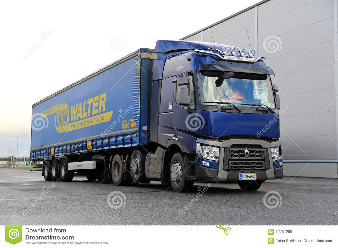 Blue Renault Trucks T Semi Parked Editorial Stock Image - Image: 62757299