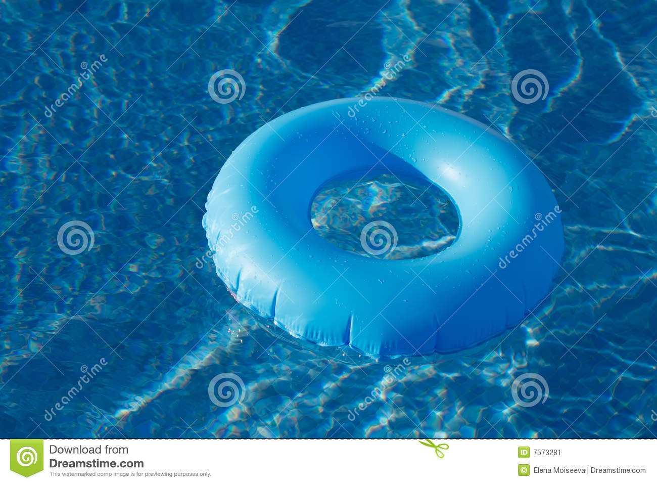 blue ring floating on crystal clear water pool stock image image 7573281. Black Bedroom Furniture Sets. Home Design Ideas