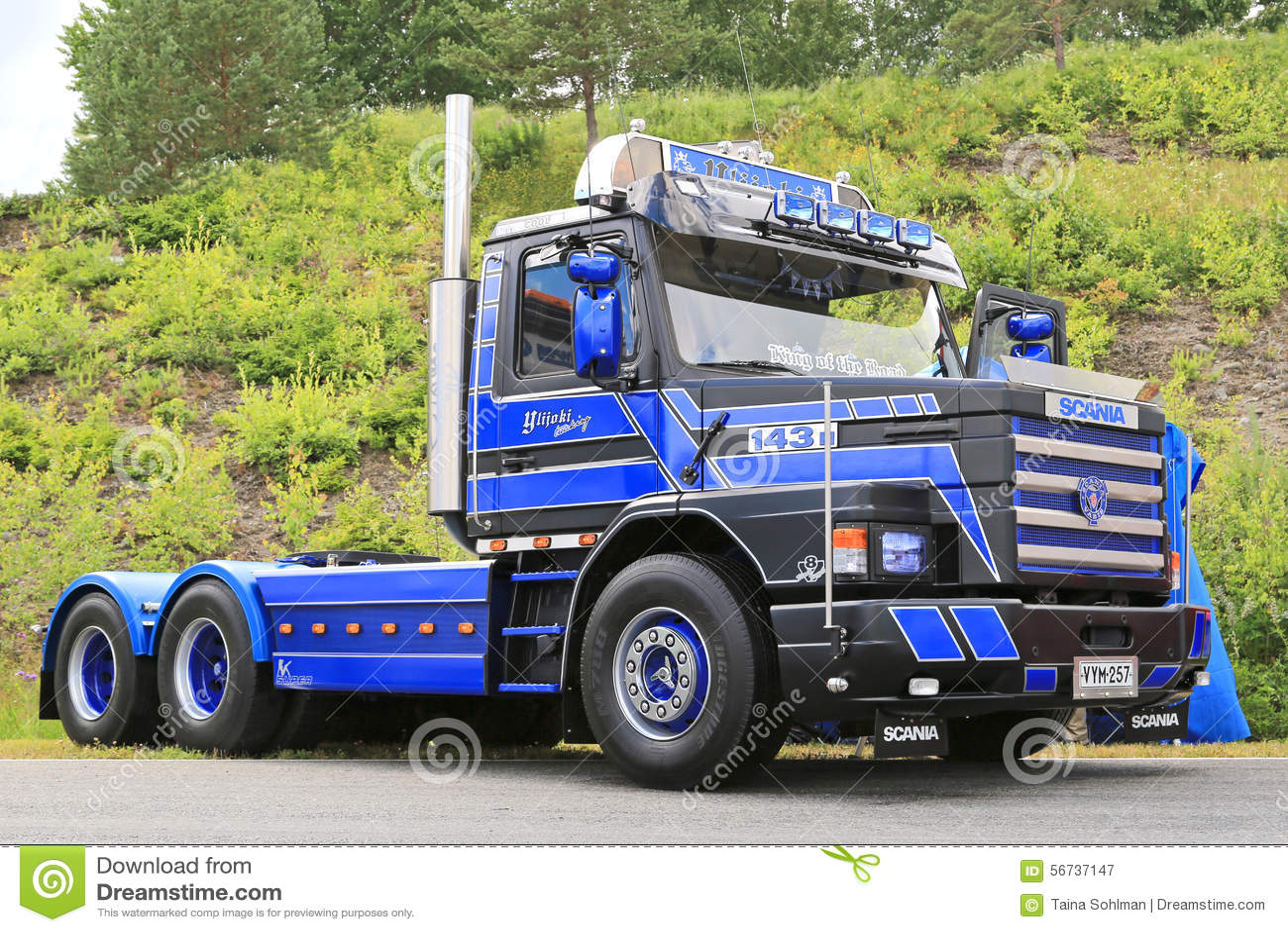 pictures of diesel trucks