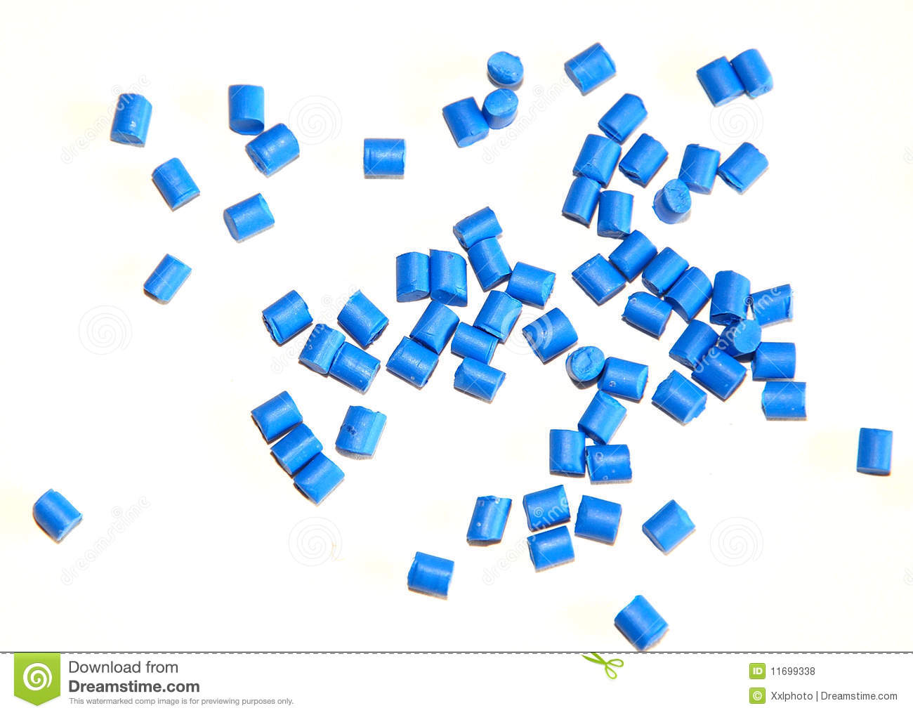Blue thermoplastic resin