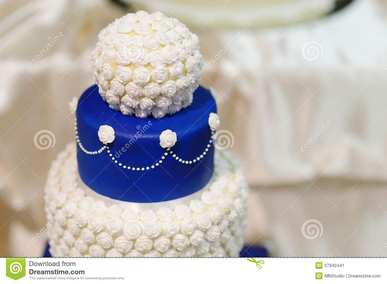 Blue Wedding Cake Decorated With Flowers Stock Image