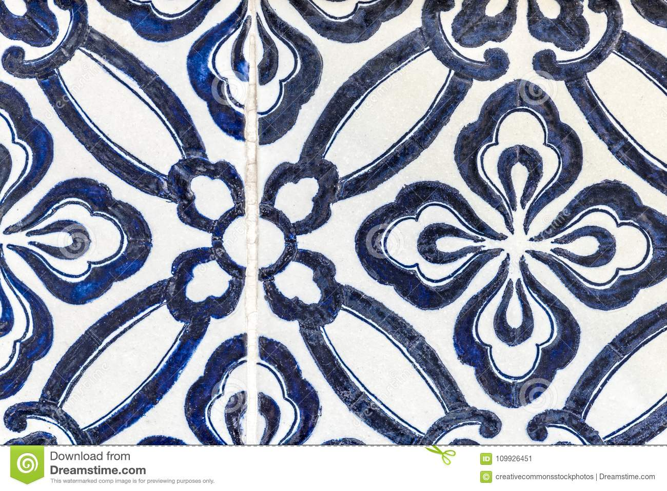 Blue And White Floral Wallpaper Picture Image 109926451