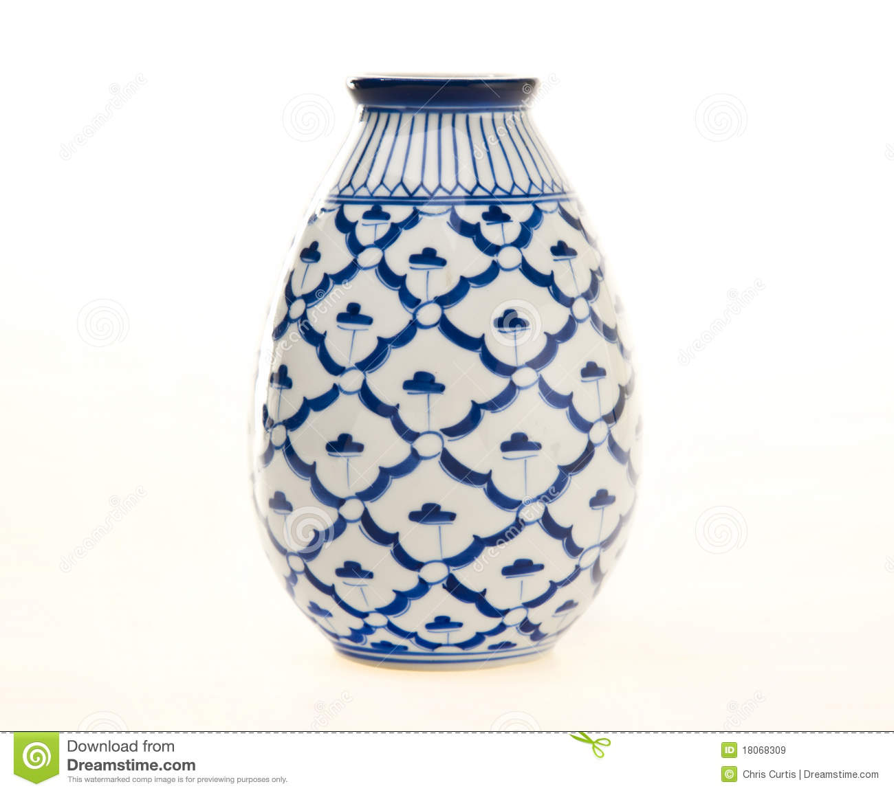 Blue and white pottery vase royalty free stock images for Decorating with blue and white pottery