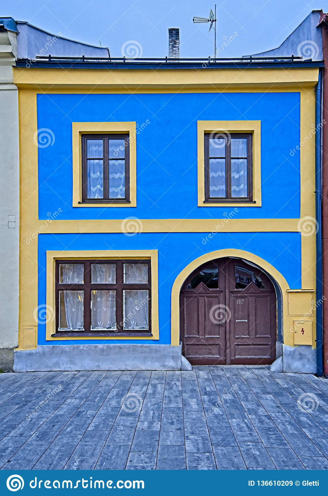 125 343 Blue Yellow House Photos Free Royalty Free Stock Photos From Dreamstime