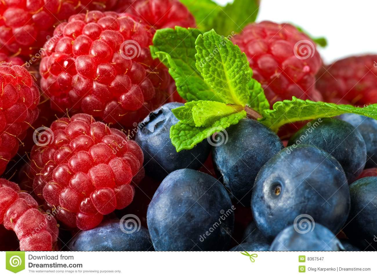 Blueberry And Rasperry With Mint Leaves Royalty Free Stock Photography ...