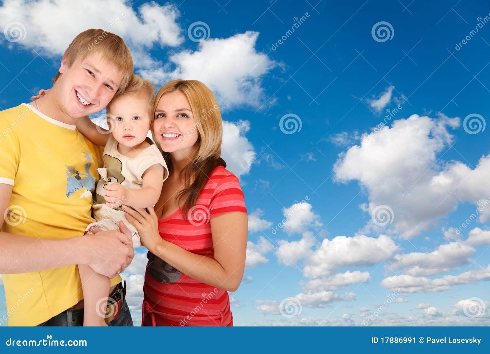 Bluen clouds white för collagefamiljsky