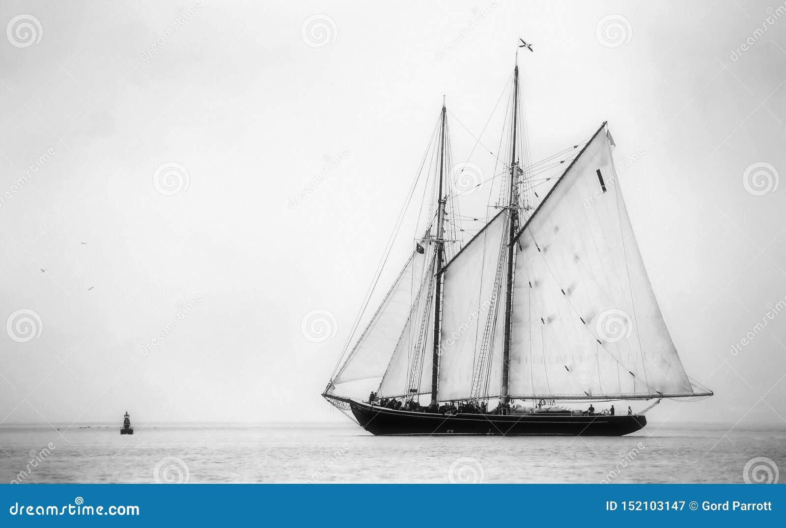 Bluenose στη θάλασσα