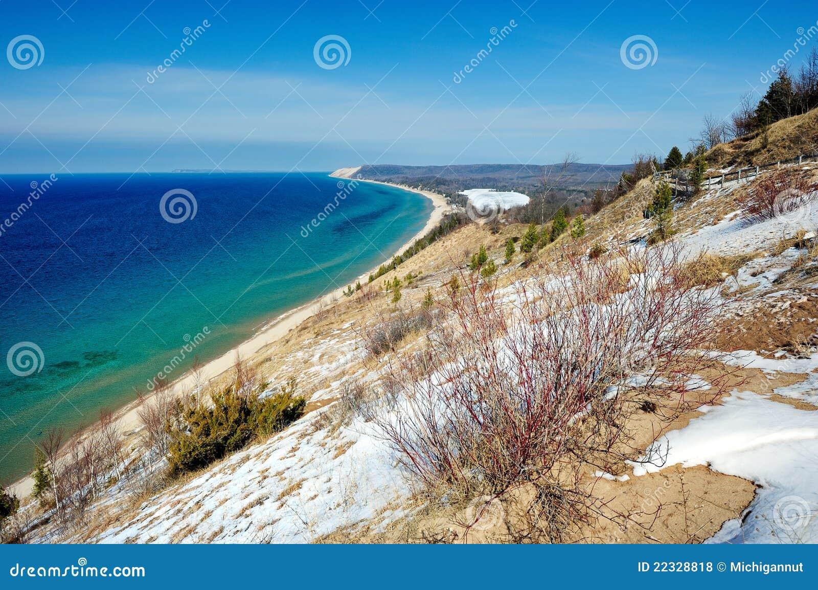 Bluff dell 39 impero dune dell 39 orso di sonno michigan s u a for Affitti cabina grande lago orso