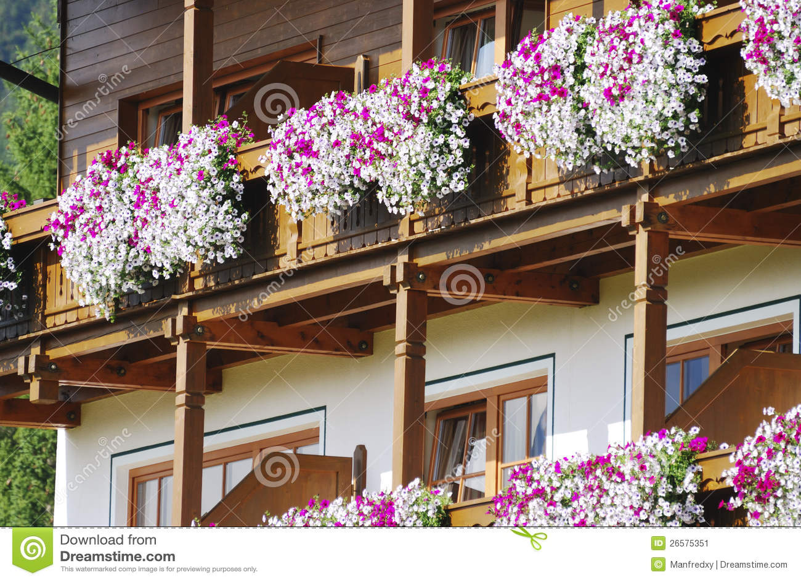 blumen balkon stockbild bild 26575351. Black Bedroom Furniture Sets. Home Design Ideas