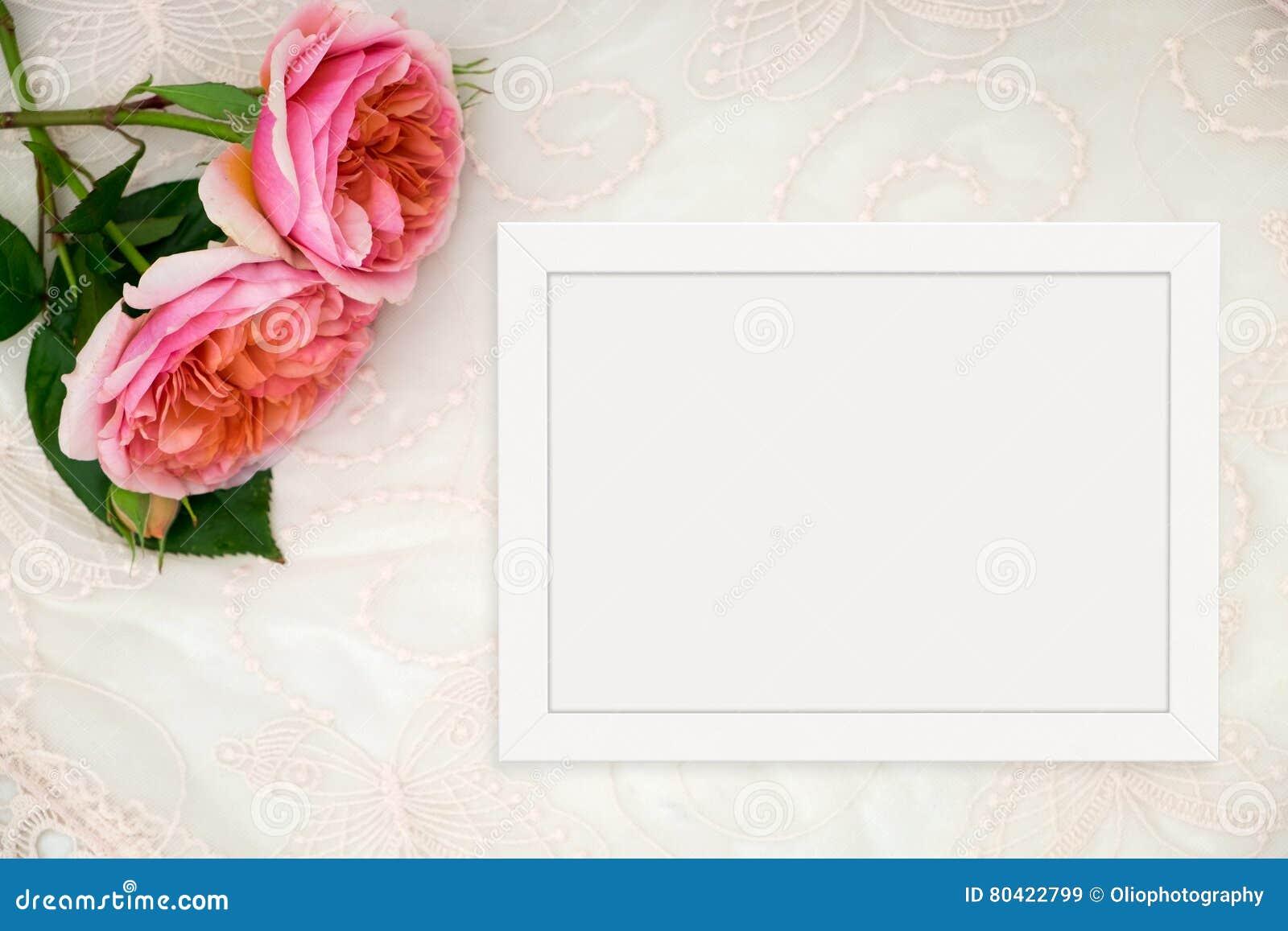 Blumenmodell Redete Fotografie Auf Lager Mit Weißem Rahmen An ...
