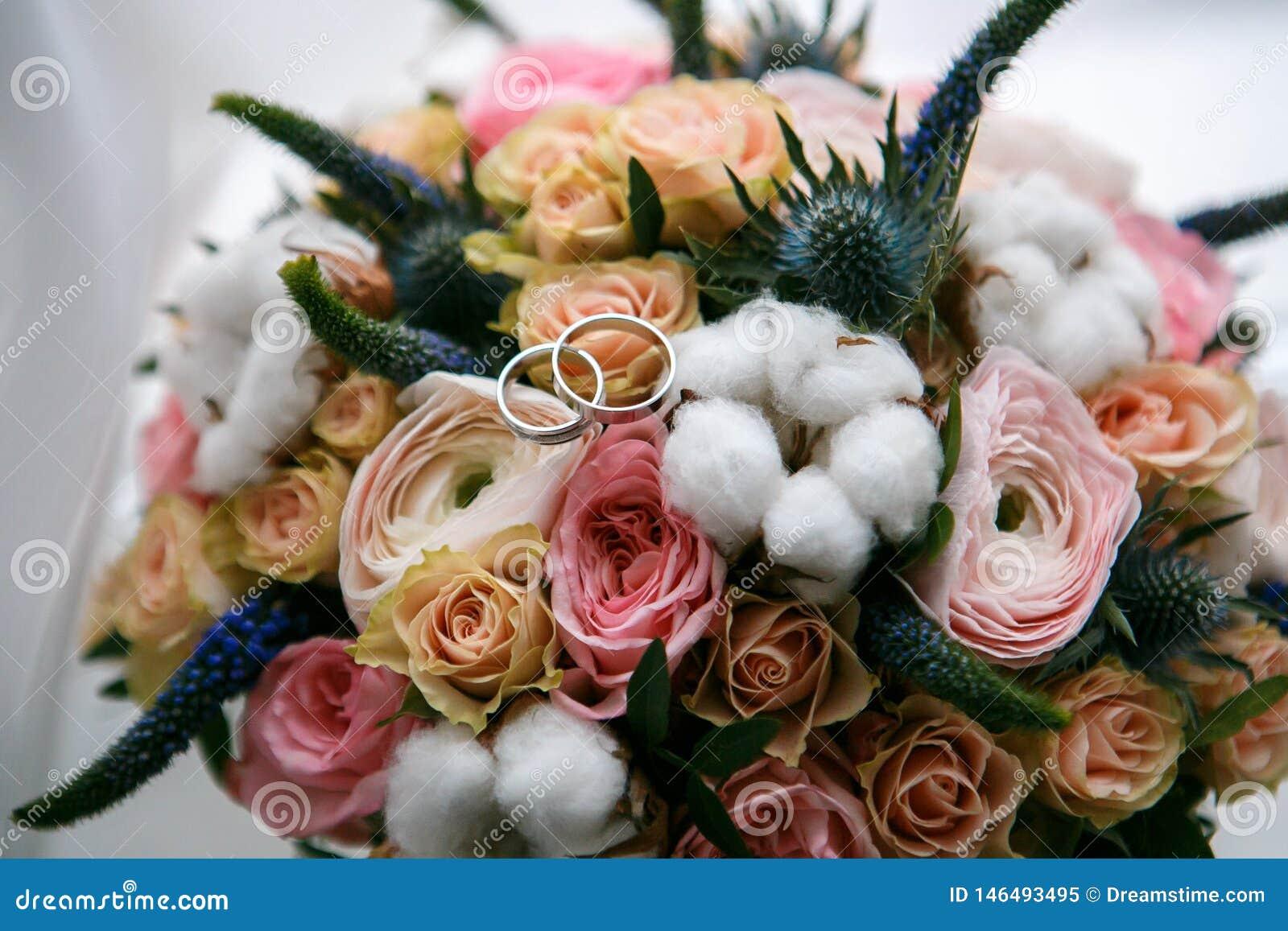 Blumenstrau? der rosafarbenen Rosen