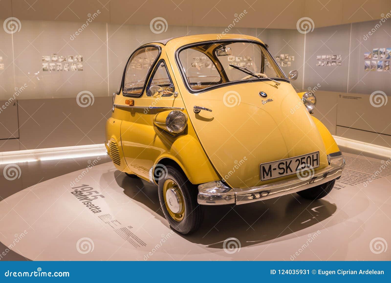 Bmw Amarelo Isetta Oldtimer Pequeno Bonito Foto Editorial Imagem De Automotriz Germany 124035931