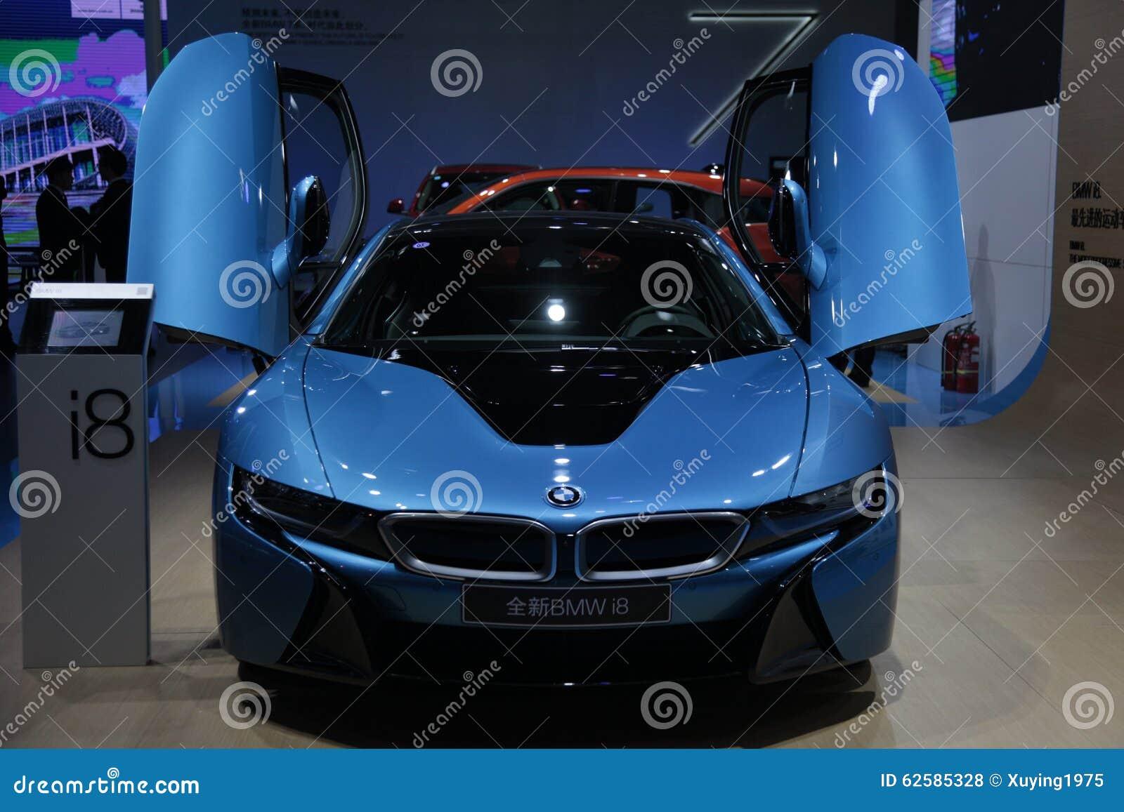 BMW i8 toppen körning