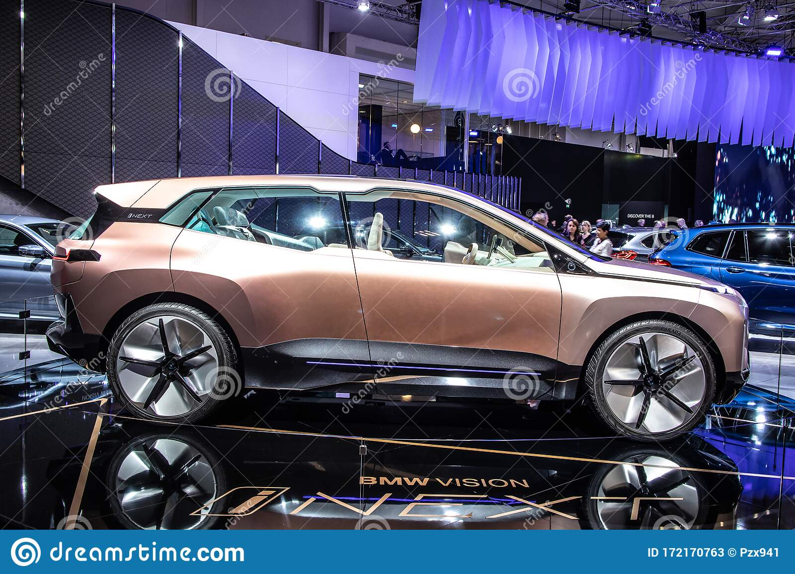 BMW Vision INEXT Concept Prototype Car, Brussels Motor ...
