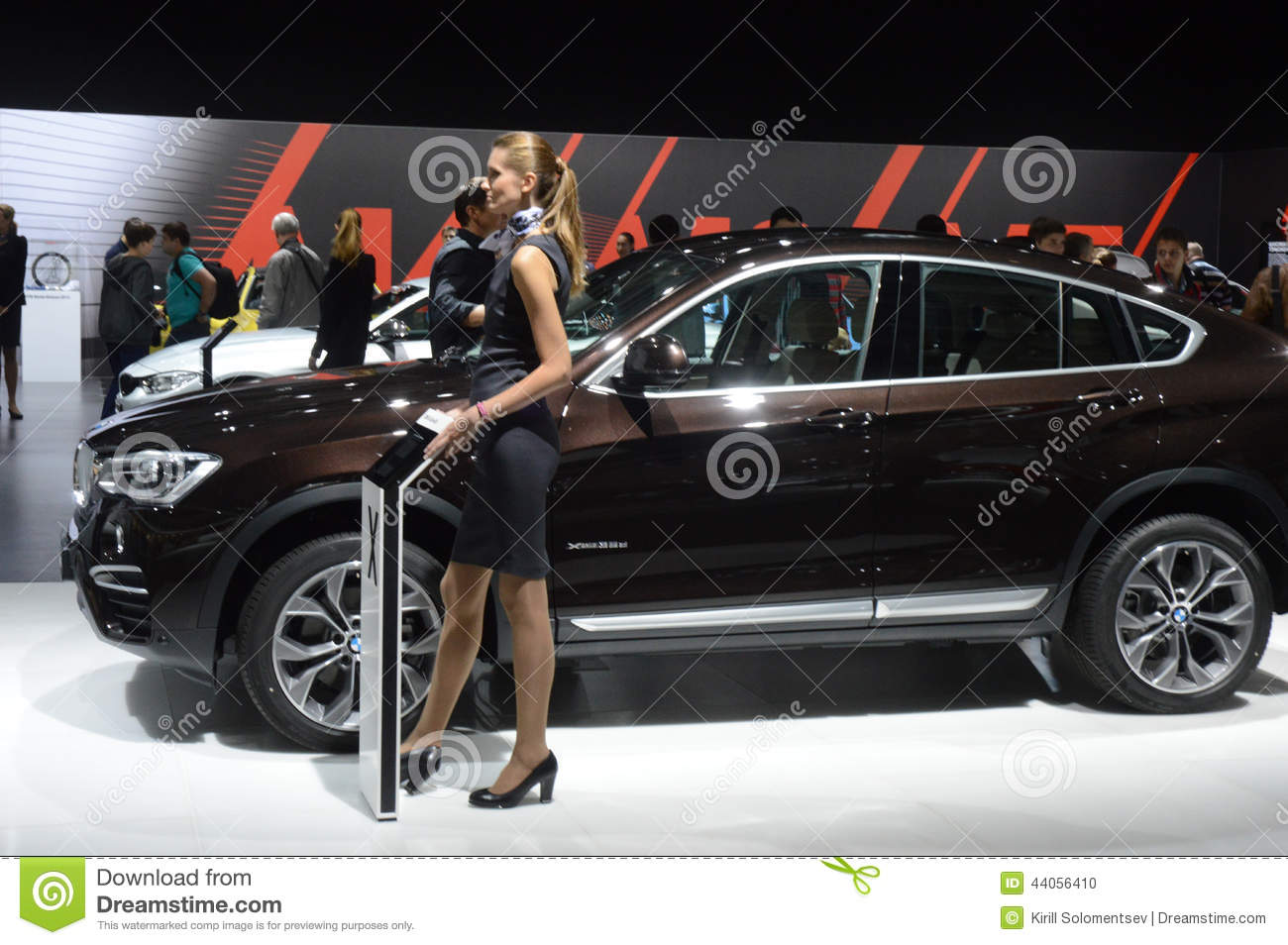 Bmw X4 Xdrive35d Broun Color Luxury Moscow International