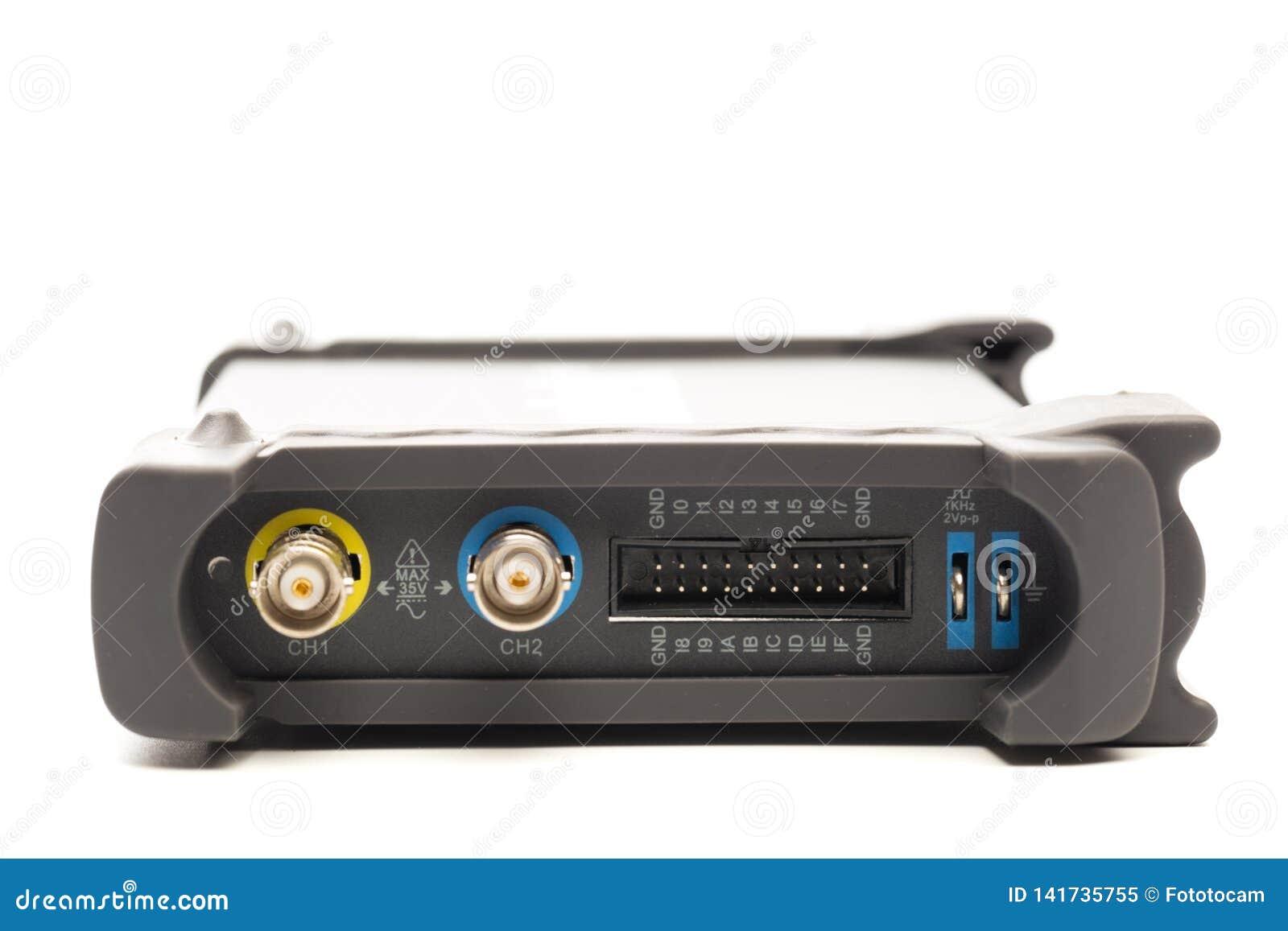 BNC input connector of digital signal oscilloscope