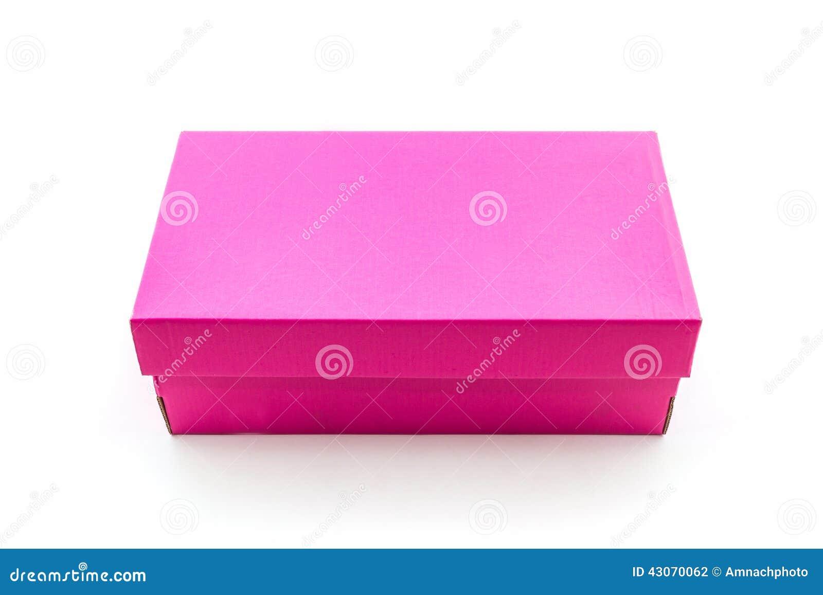 boîte à chaussures rose sur le fond blanc avec le chemin de coupure